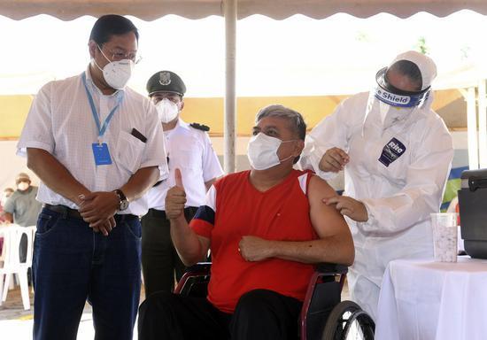 Bolivia launches unprecedented vaccination drive to combat COVID-19