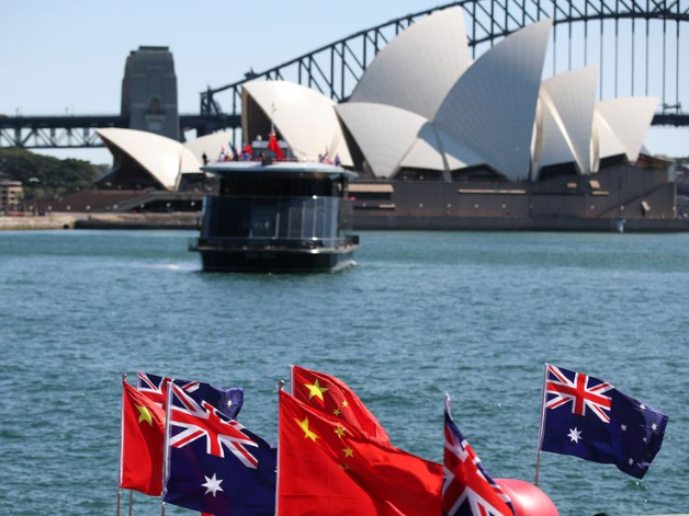 China urges Australia to create favorable conditions for bilateral cooperation