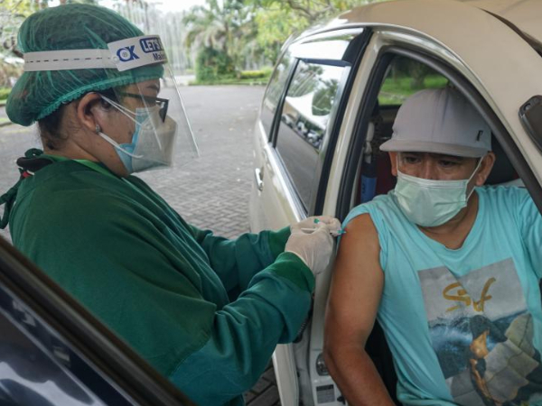 Mass vaccination campaign held in Bali, Indonesia