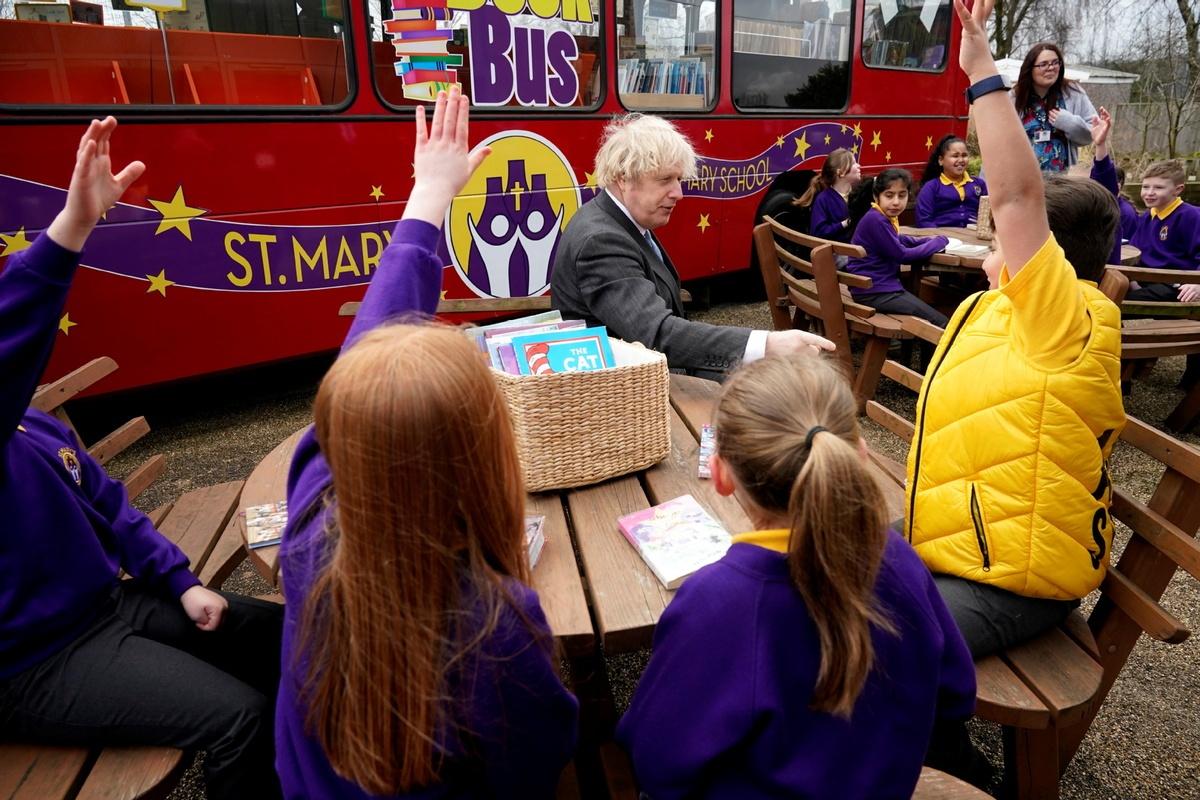 UK parents welcome reopening of schools