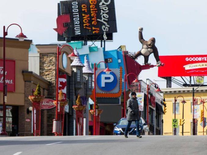 Canada's economy down record 5.4 percent in 2020