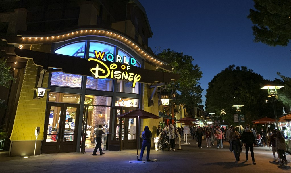 Disney to close 60 North American stores in 2021
