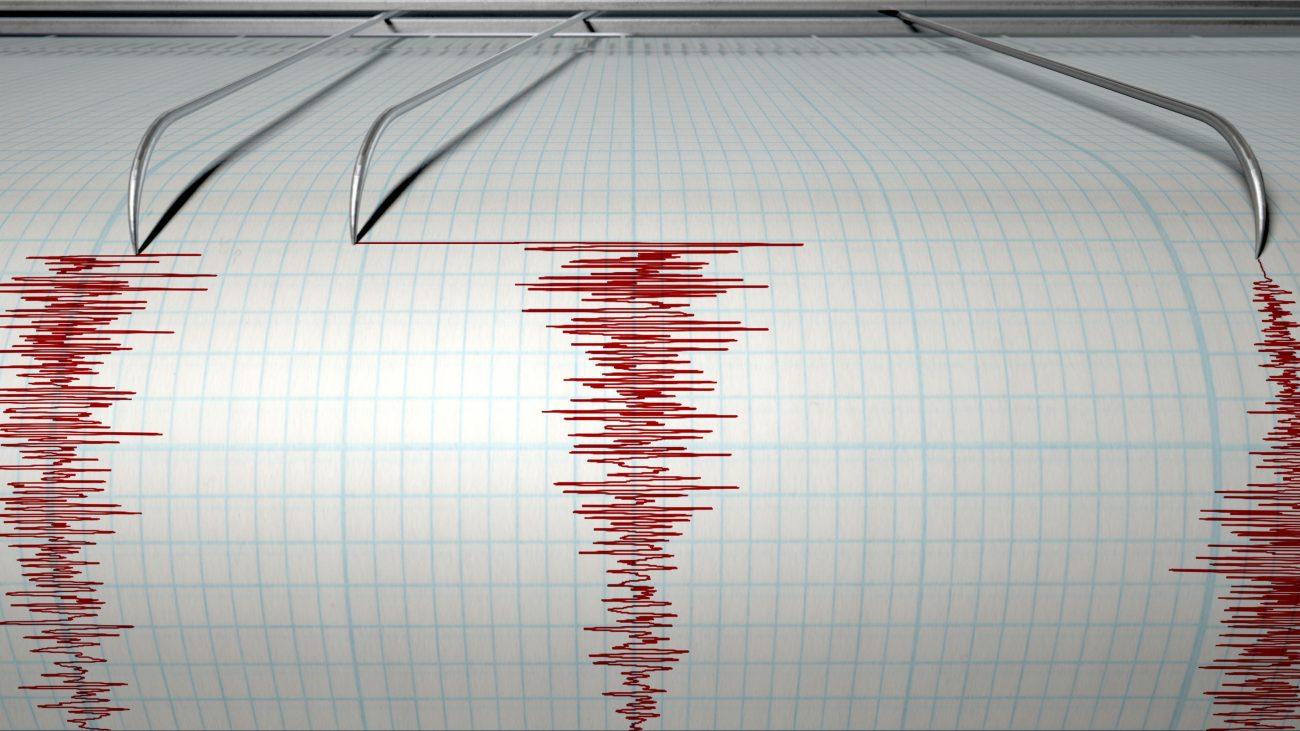 Tsunami warning after 6.9 quake strikes off New Zealand