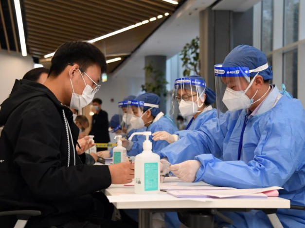 Chinese mainland reports 13 new confirmed COVID-19 cases, all imported