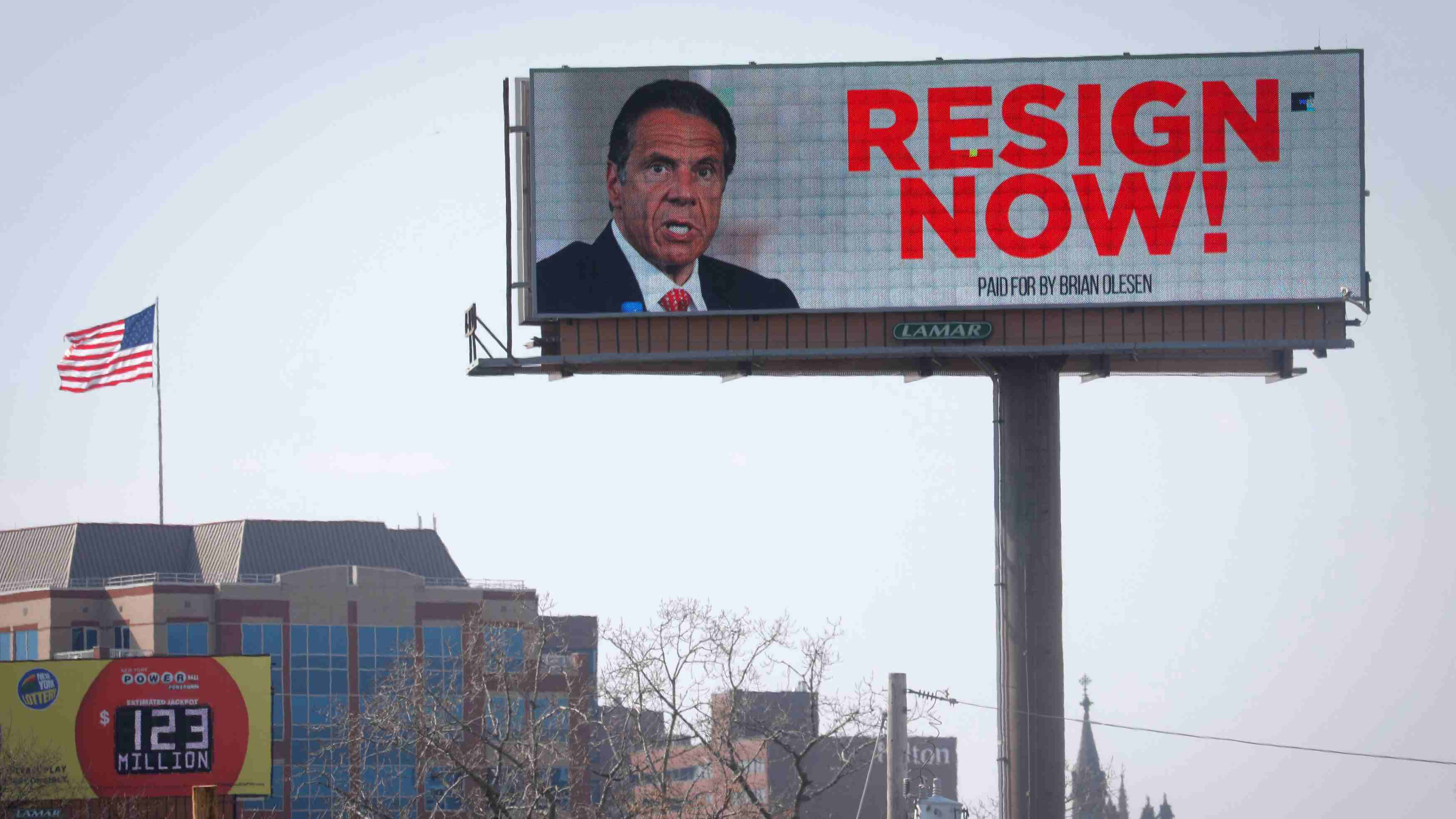 Top NY Democrats urge Cuomo to resign over sexual harassment allegations