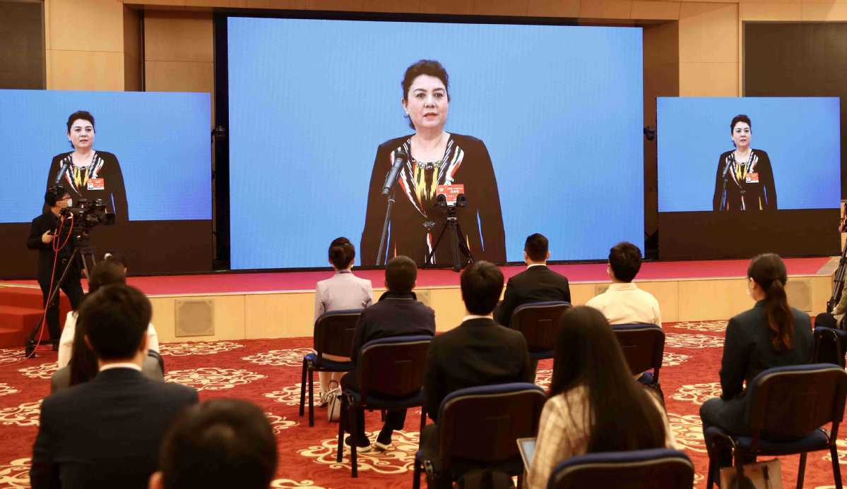 Basic education opportunities expand in Xinjiang, university vice-chief says