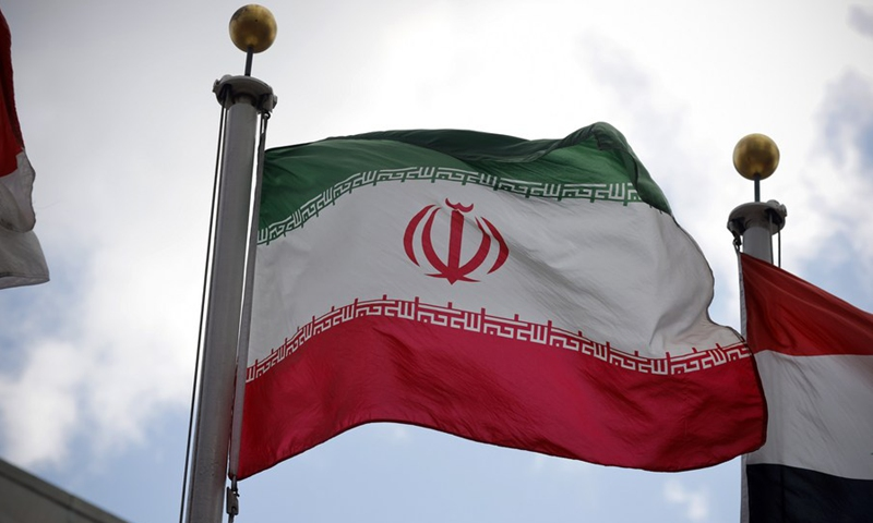 Iranian FM urges US to take first step to return to nuke deal