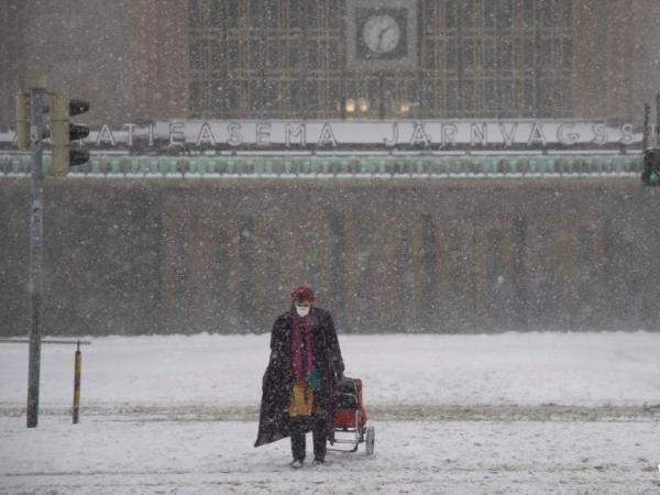Heavy snow hits Helsinki, Finland