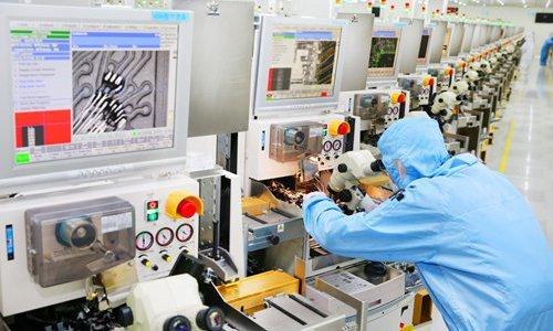 Chinese firms ramp up R&D in auto chips amid shortage chill