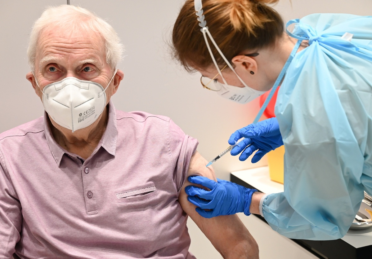 EU buys 4 mln more doses of BioNTech-Pfizer vaccine for virus hotspots