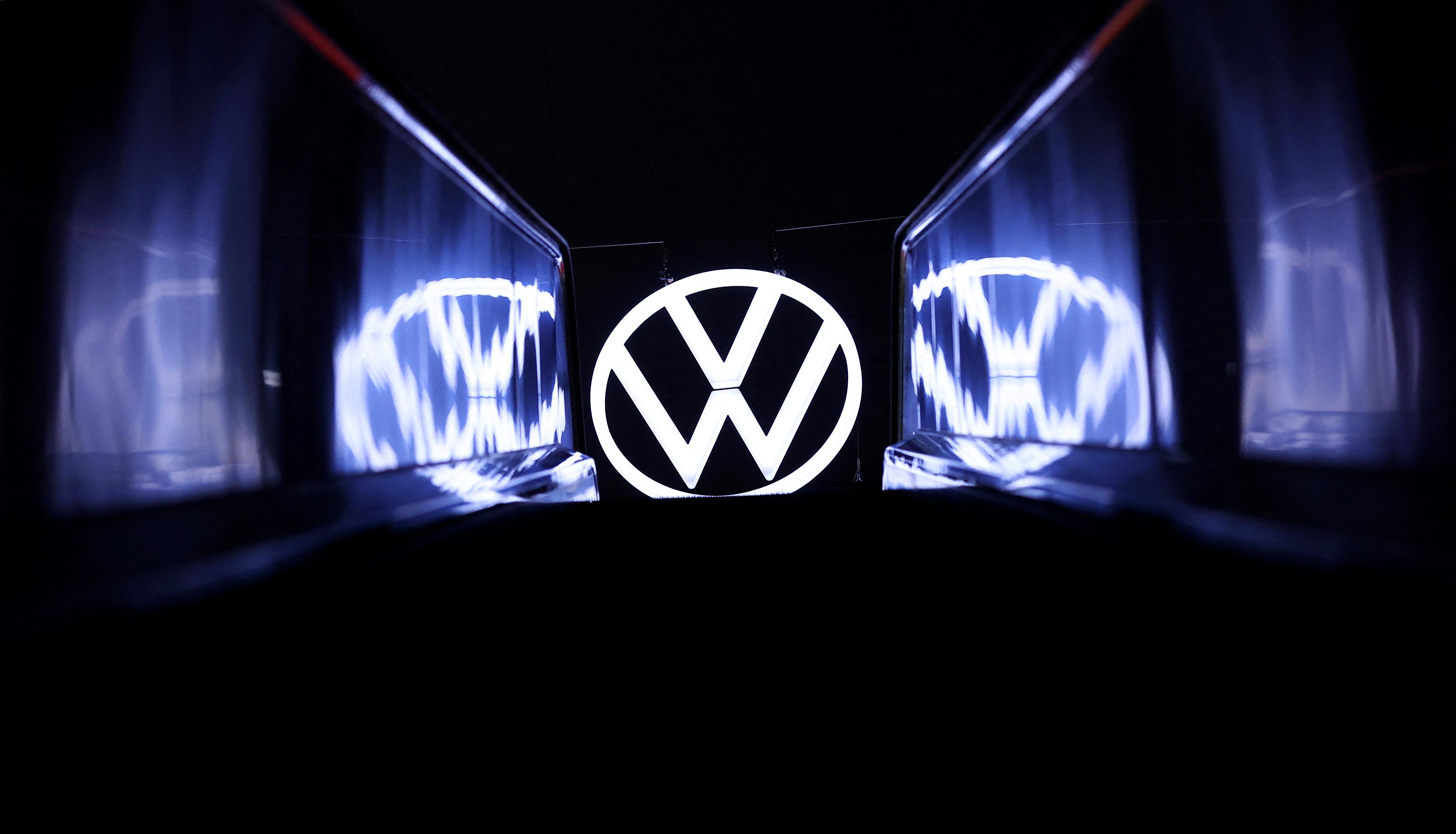 Carmaker Volkswagen announces plan to cut jobs: statement