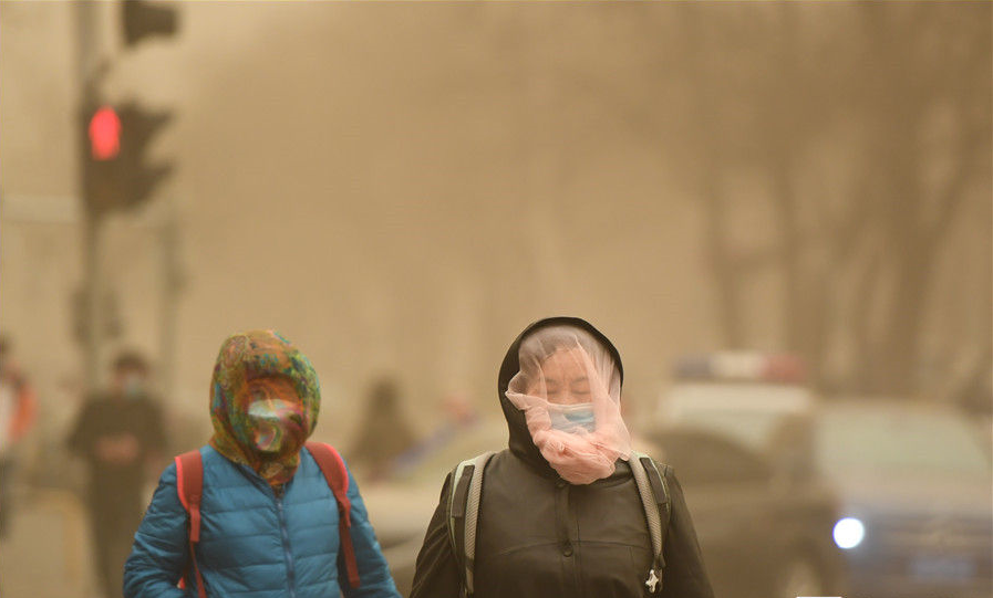 China issues yellow alert for sandstorms