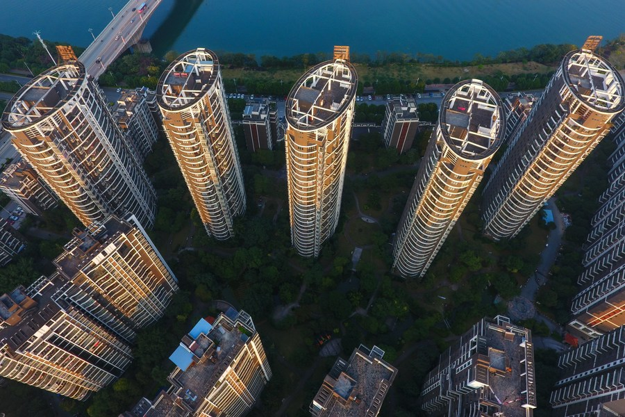 China's fixed-asset investment up 35 pct in Jan.-Feb.