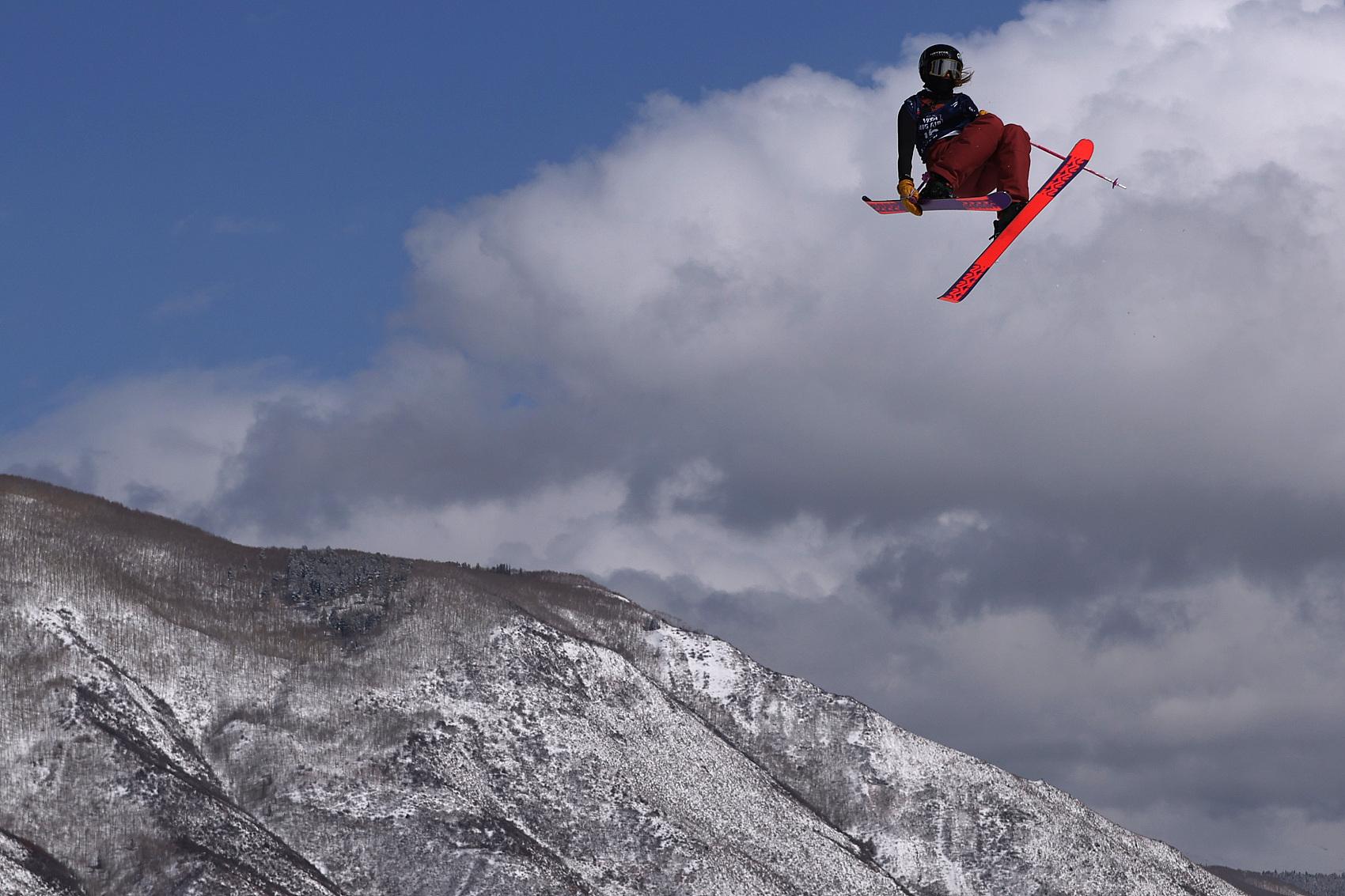 China's Gu reaches Big Air final at Freeski World Championships
