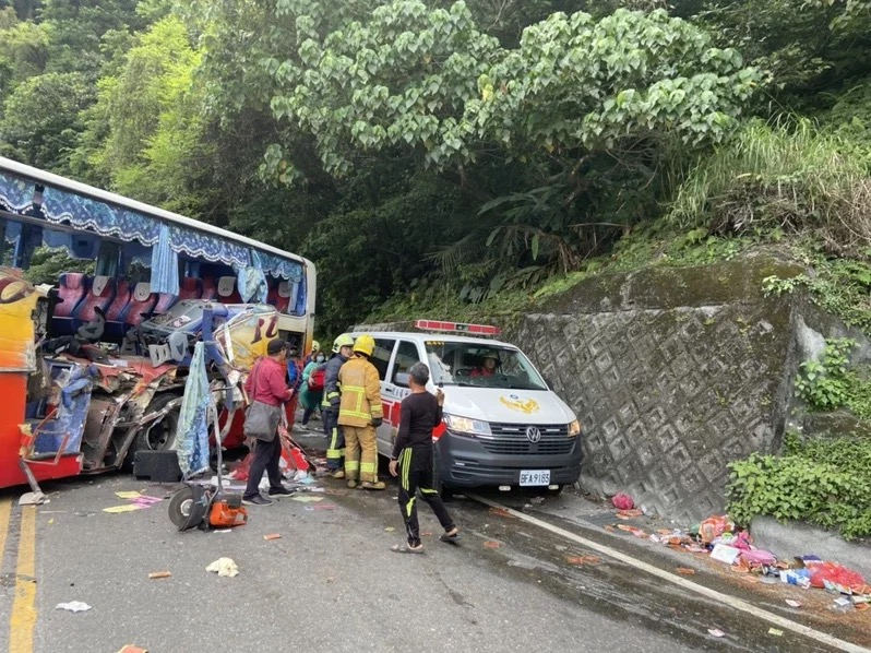 Six killed in Taiwan bus crash