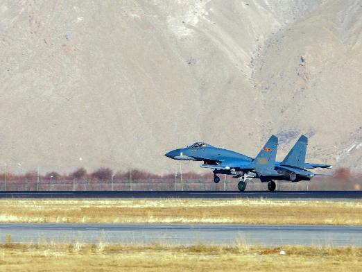 PLA warplanes hold drills despite sandstorm, showing combat readiness