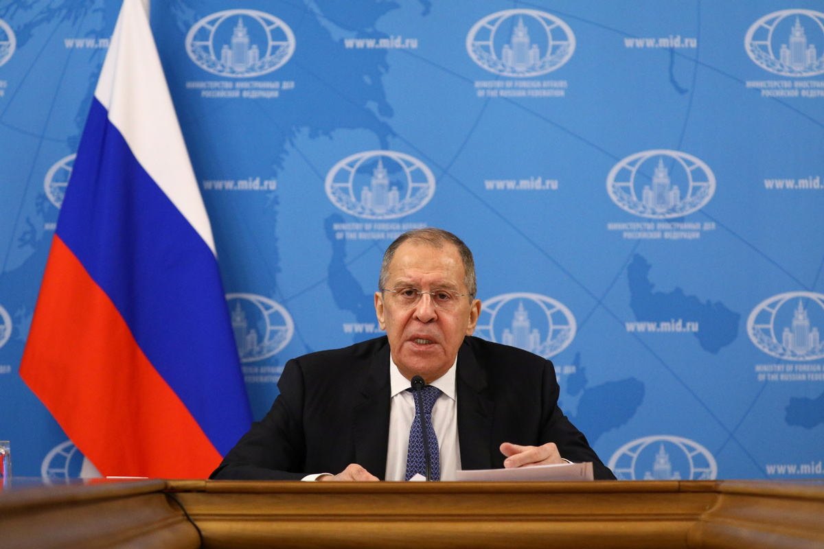 Russian FM to visit China