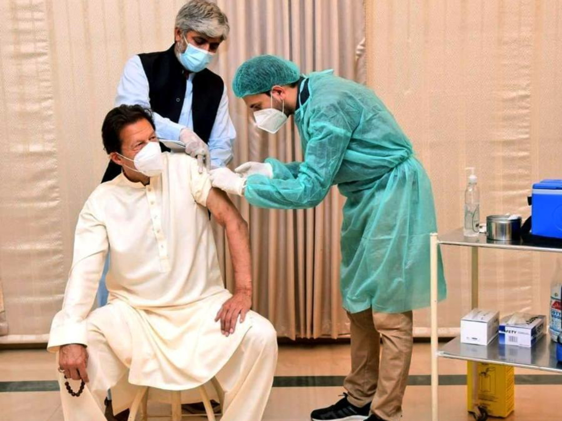 Pakistani PM receives Sinopharm COVID-19 vaccine jab