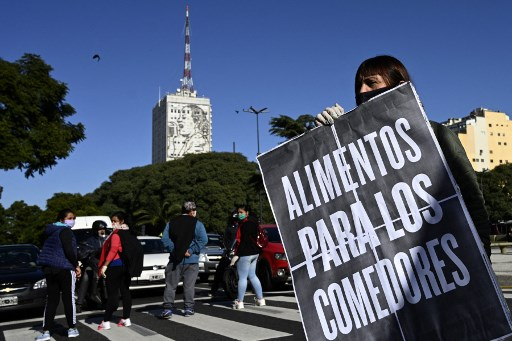 Argentines march to demand food aid