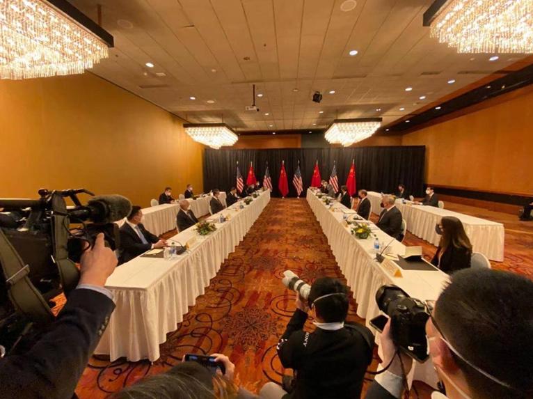 China, US officials continue talks in Alaska
