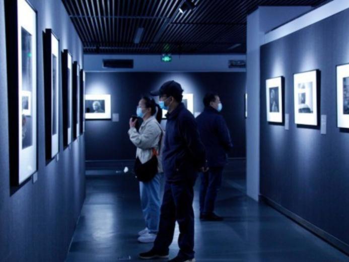 In pics: exhibition on Nanjing Massacre survivors