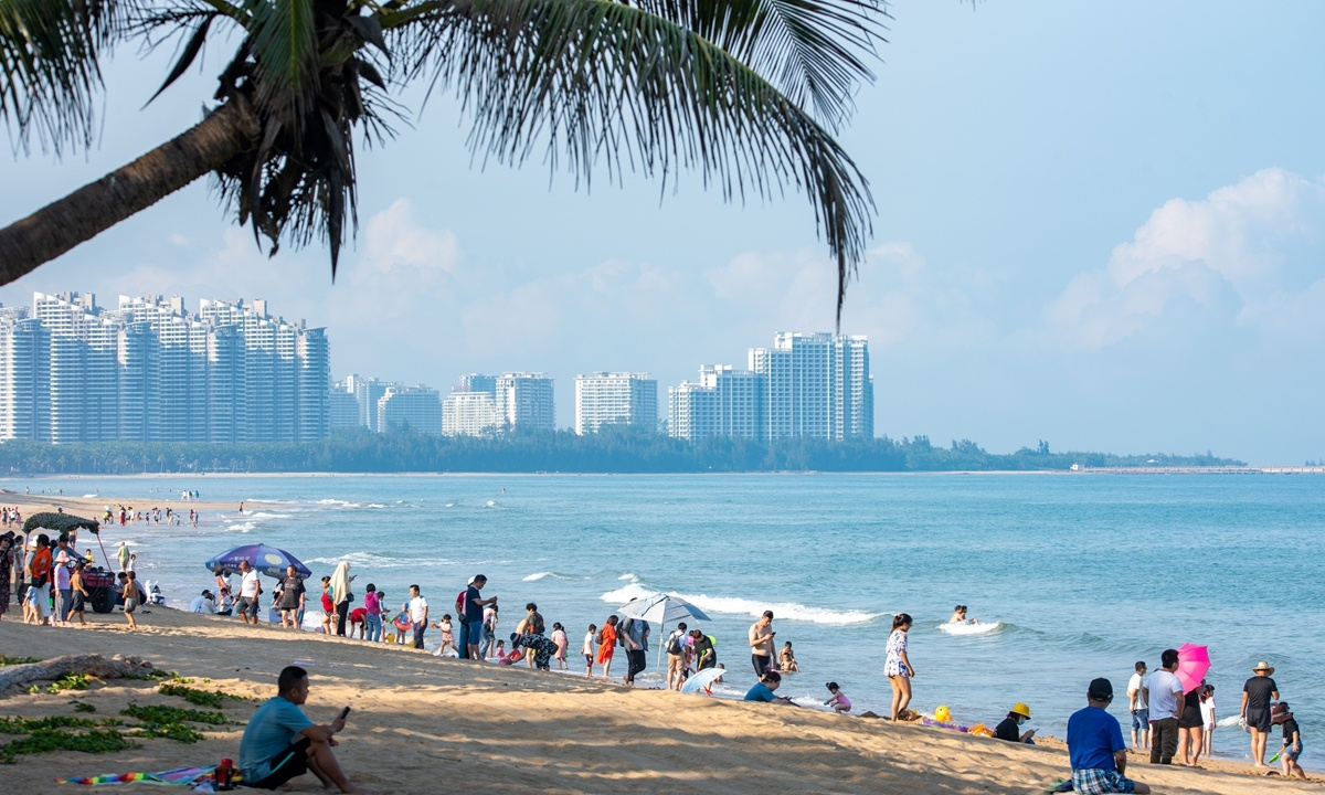 China to further ease market access for foreign firms in Hainan Free Trade Port