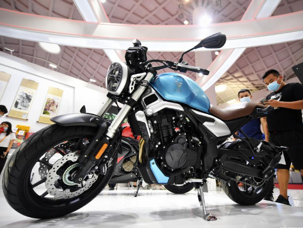 Domestically produced goods displayed at first consumer products expo in Haikou