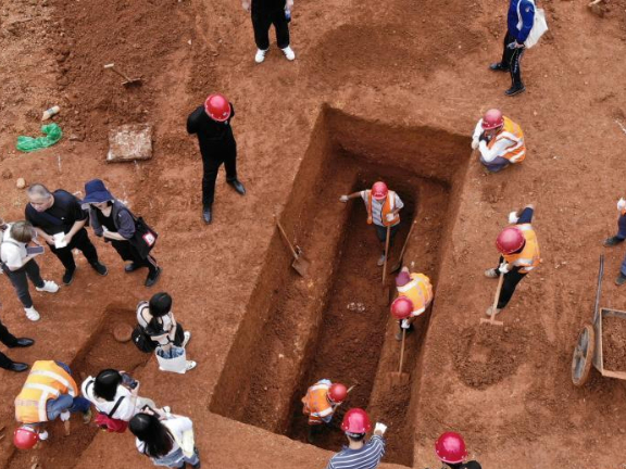 42 ancient tombs discovered in Hunan
