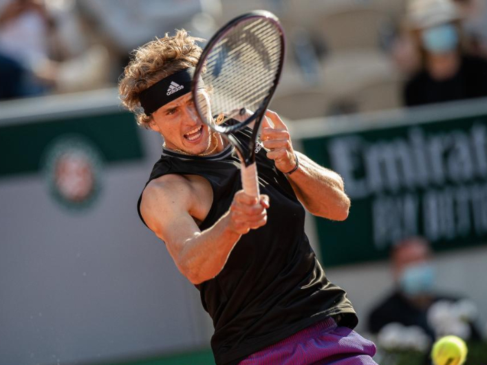 Highlights of French Open men's singles first round matches