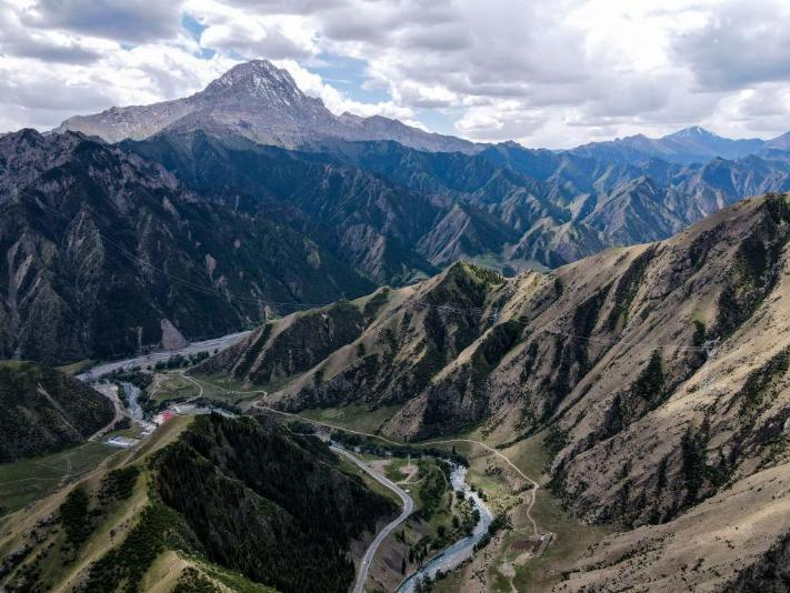 Scenery of Duku Highway in Xinjiang