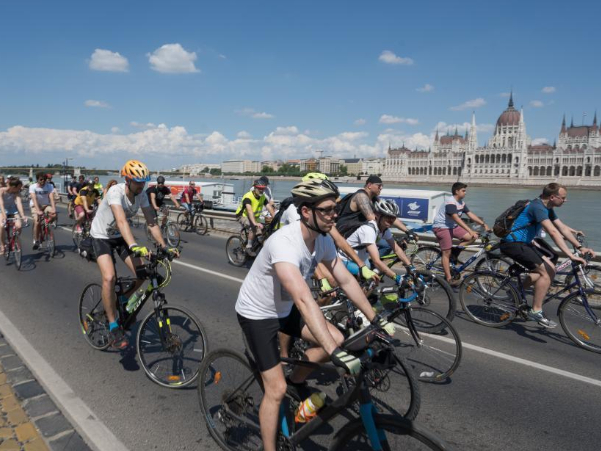 Bike riding event held in Budapest