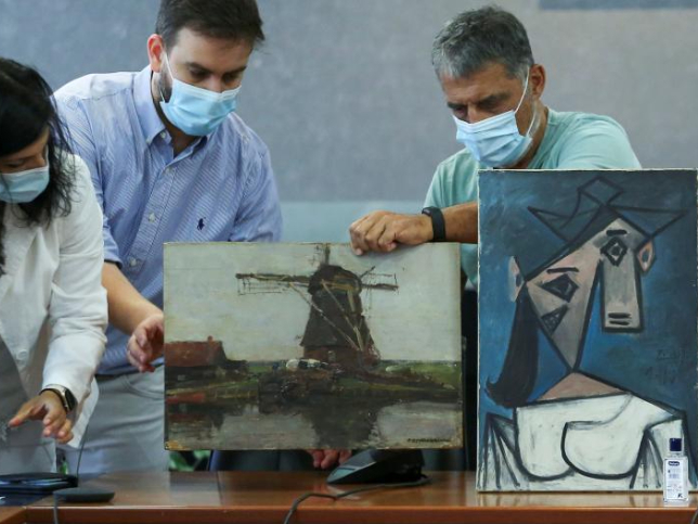 Greece recovers Picasso and Mondrian paintings stolen 9 years ago