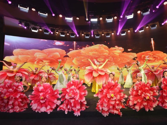 Galas mark 200-day countdown for the 2022 Beijing Winter Olympics