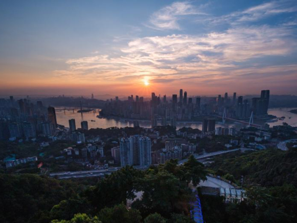 Splendid sunset spotted in Chongqing