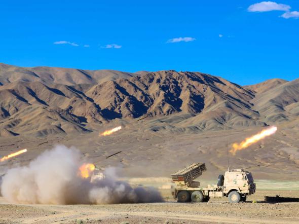 Rocket launchers fire on plateau