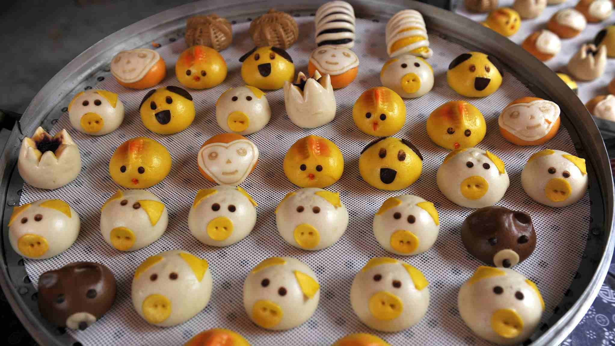 Chinese pastry chef creates cute and healthy buns