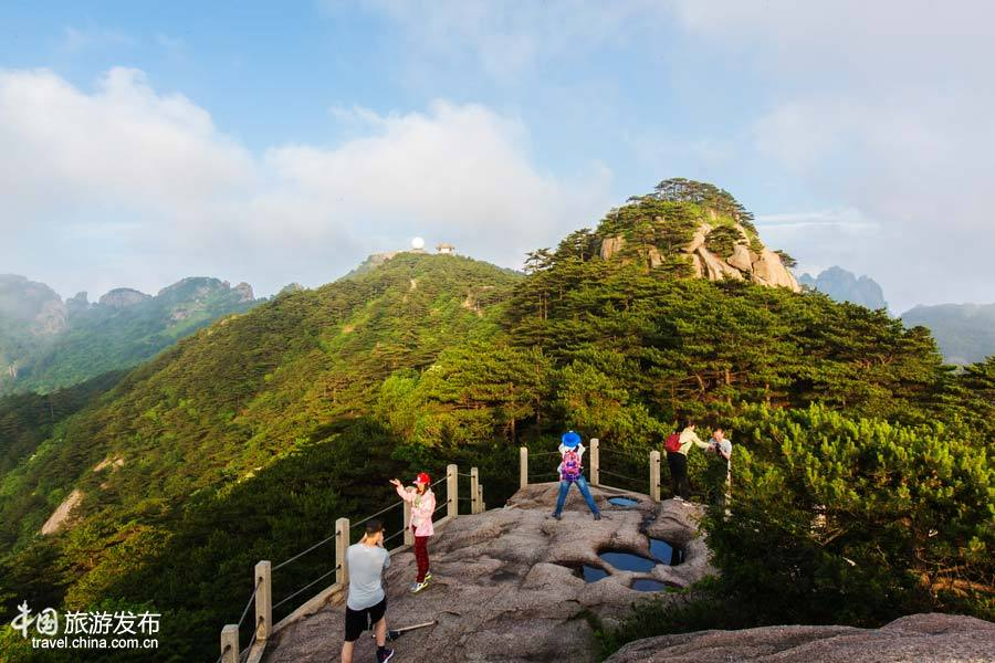 Breathtaking view of Mount Huangshan in summer