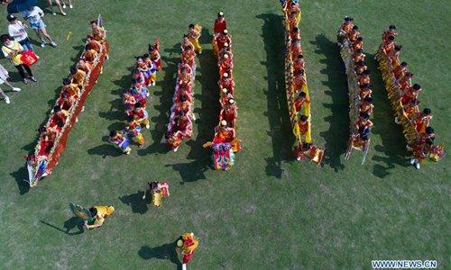 Children greet upcoming Dragon Boat Festival in E China's Zhejiang