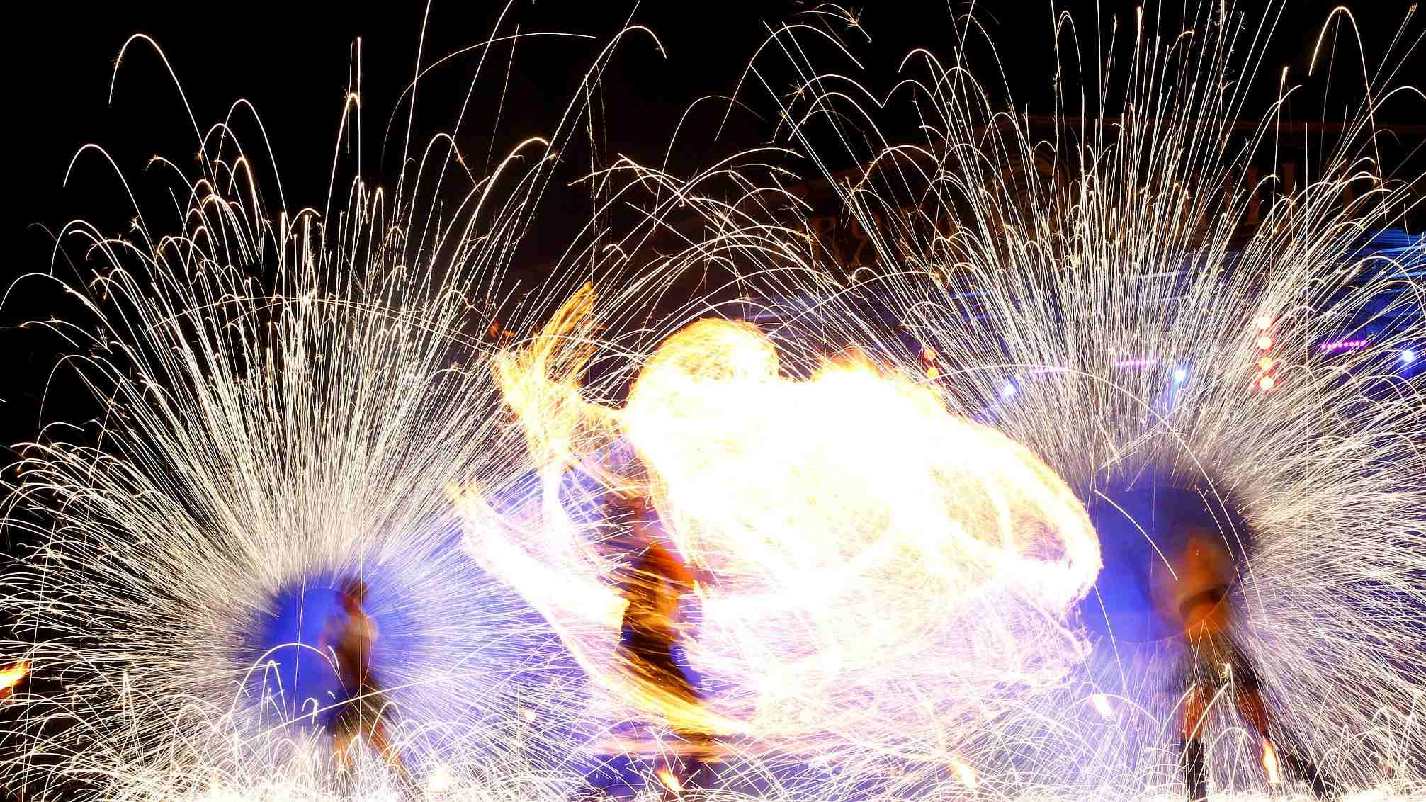 Belarusian fire festival wows audiences from the world