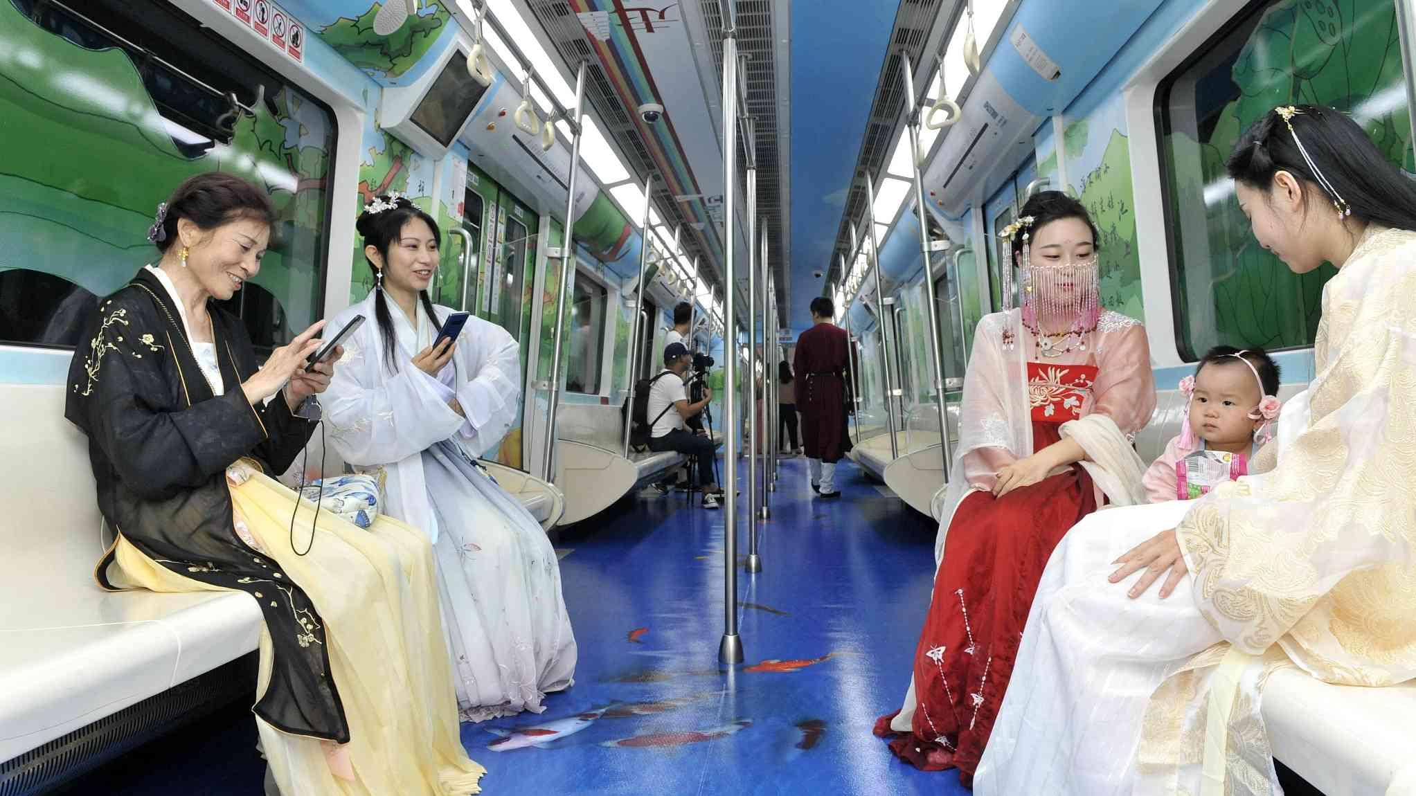 Xi'an's subway brings the Tang Dynasty back to life