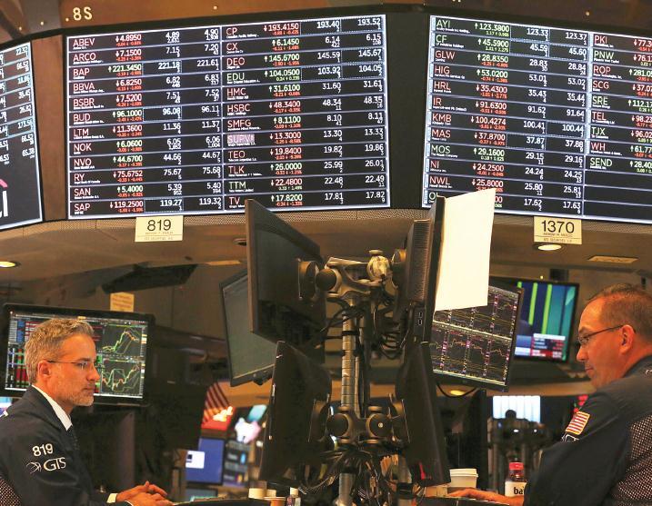 Trade row 'harms global markets'