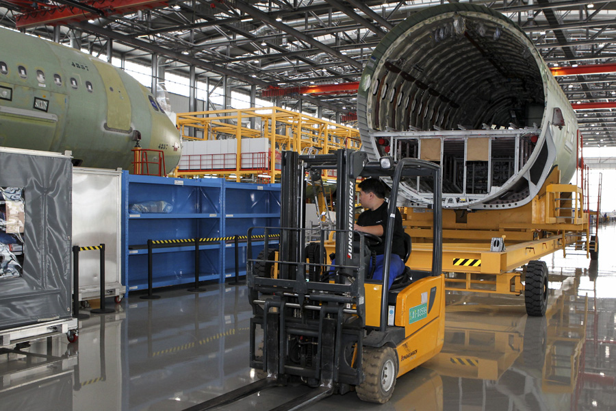 Investment boost for car, aircraft makers