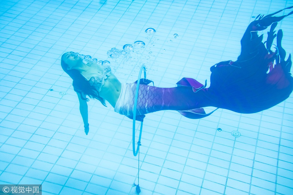 'Mermaid' swimming course to attract female customers