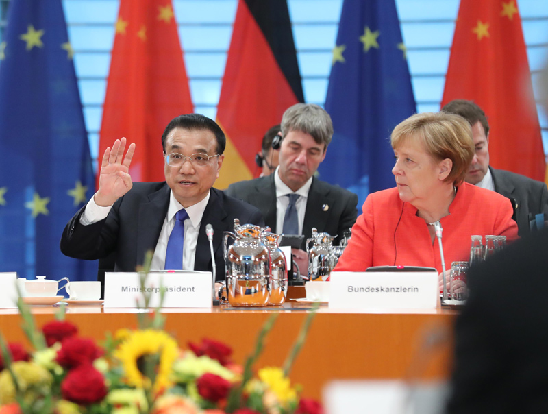 Chinese Premier Li Keqiang and German Chancellor Angela Merkel attend the fifth round of intergovernmental consultations, co-chaired by the two leaders, in Berlin, Germany, July 9, 2018. [Photo: gov.cn]