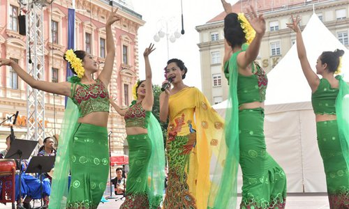 Chinese artists perform during 52nd Int'l Folklore Festival in Zagreb, Croatia