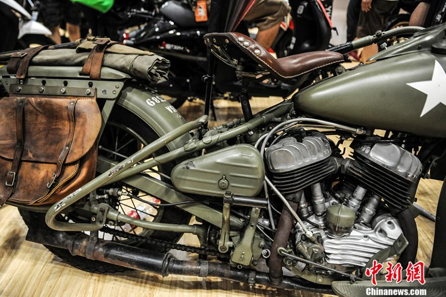 Hundreds of motorcycles on show in Beijing