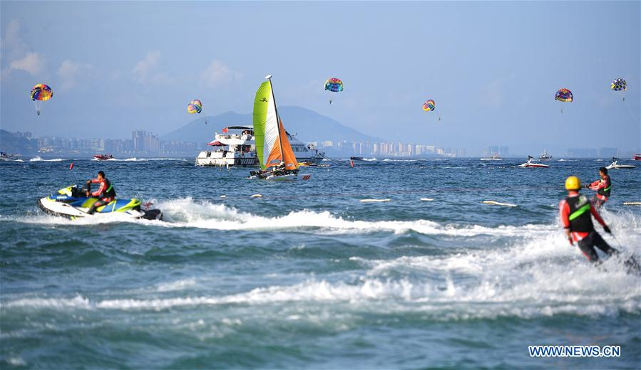Sanya welcomes increasing number of tourists