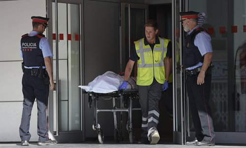 Police attacker killed in Spain