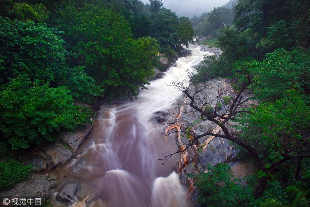 Swollen waterfalls new Taishan Mountain attraction