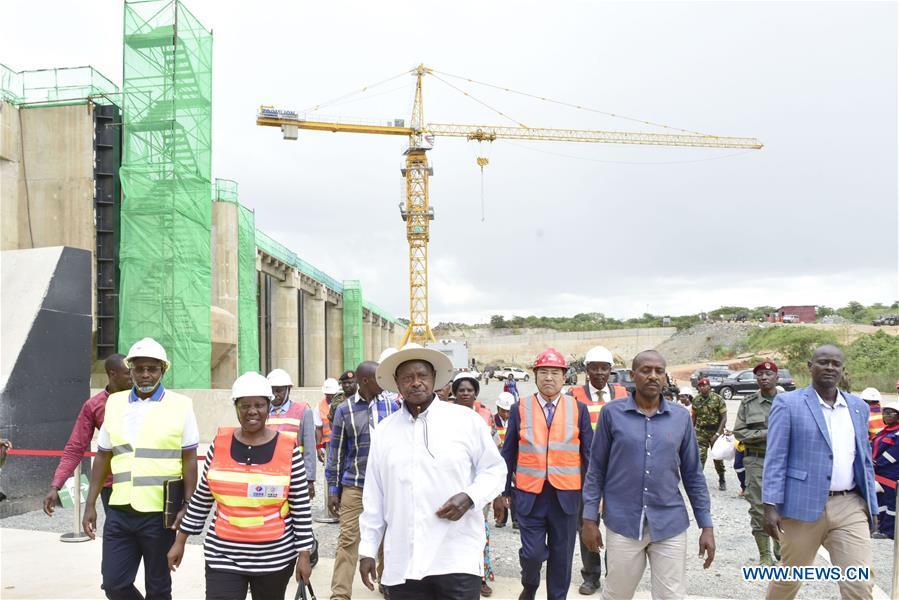 Ugandan president inspects construction work of hydro power plant in Kiryandongo